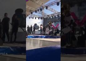 Erick Zepeda recibe reconocimiento de Fiesta Mexicana en la Gran Posada 2017